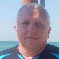 Адам Владимиров